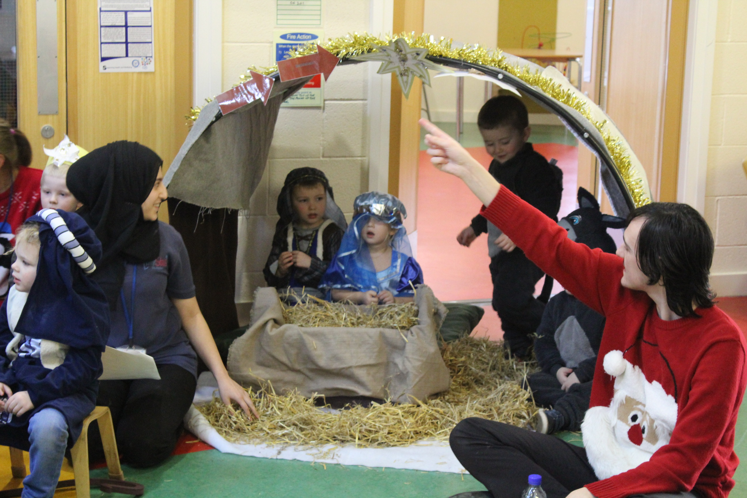 nursery-nativity-friday-16-12-16-19