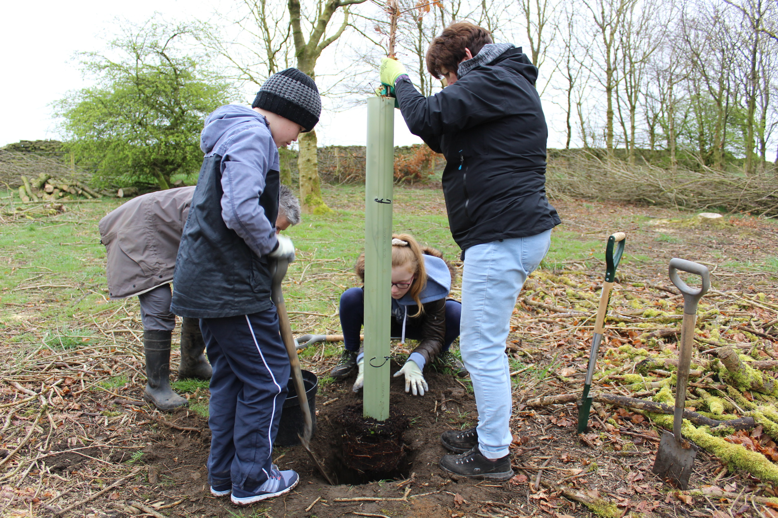 Family Tree Planting 04.04 (59)
