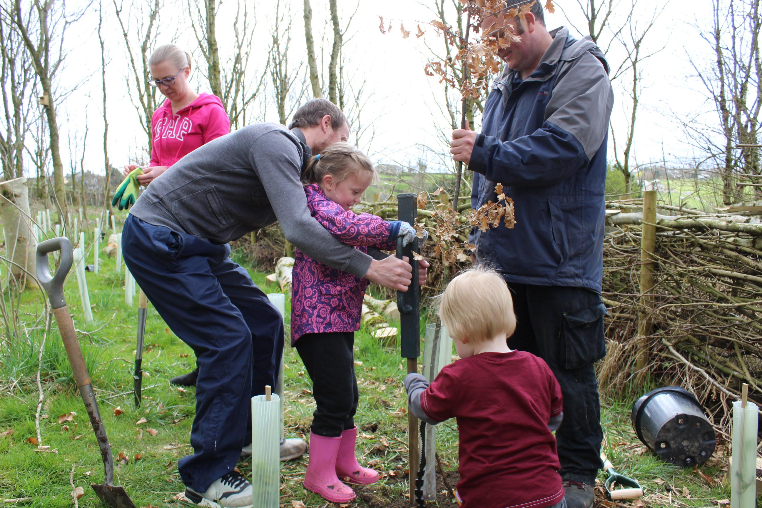 Family Tree Planting 05.04 (27)
