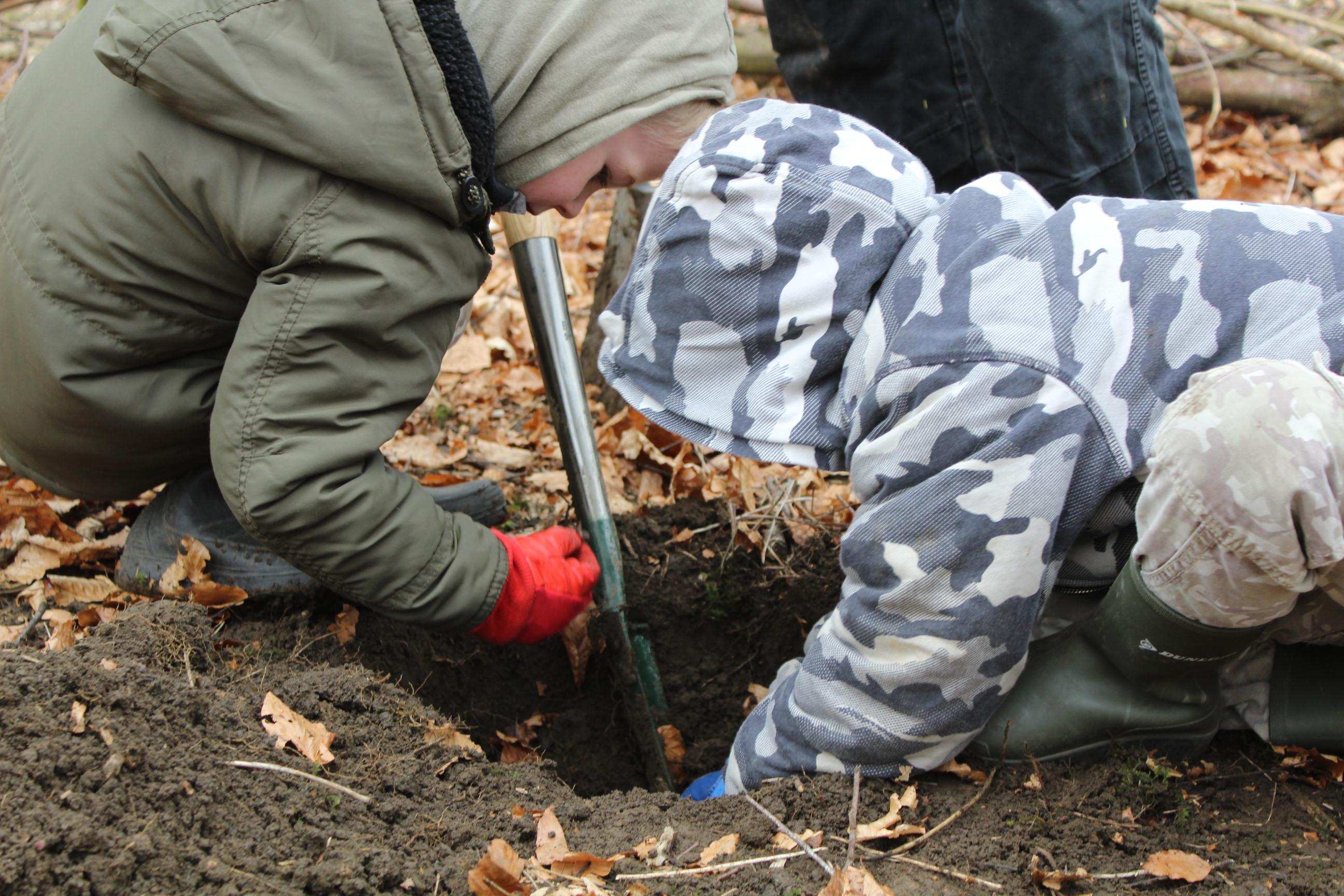 Family Tree Planting 05.04 (71)