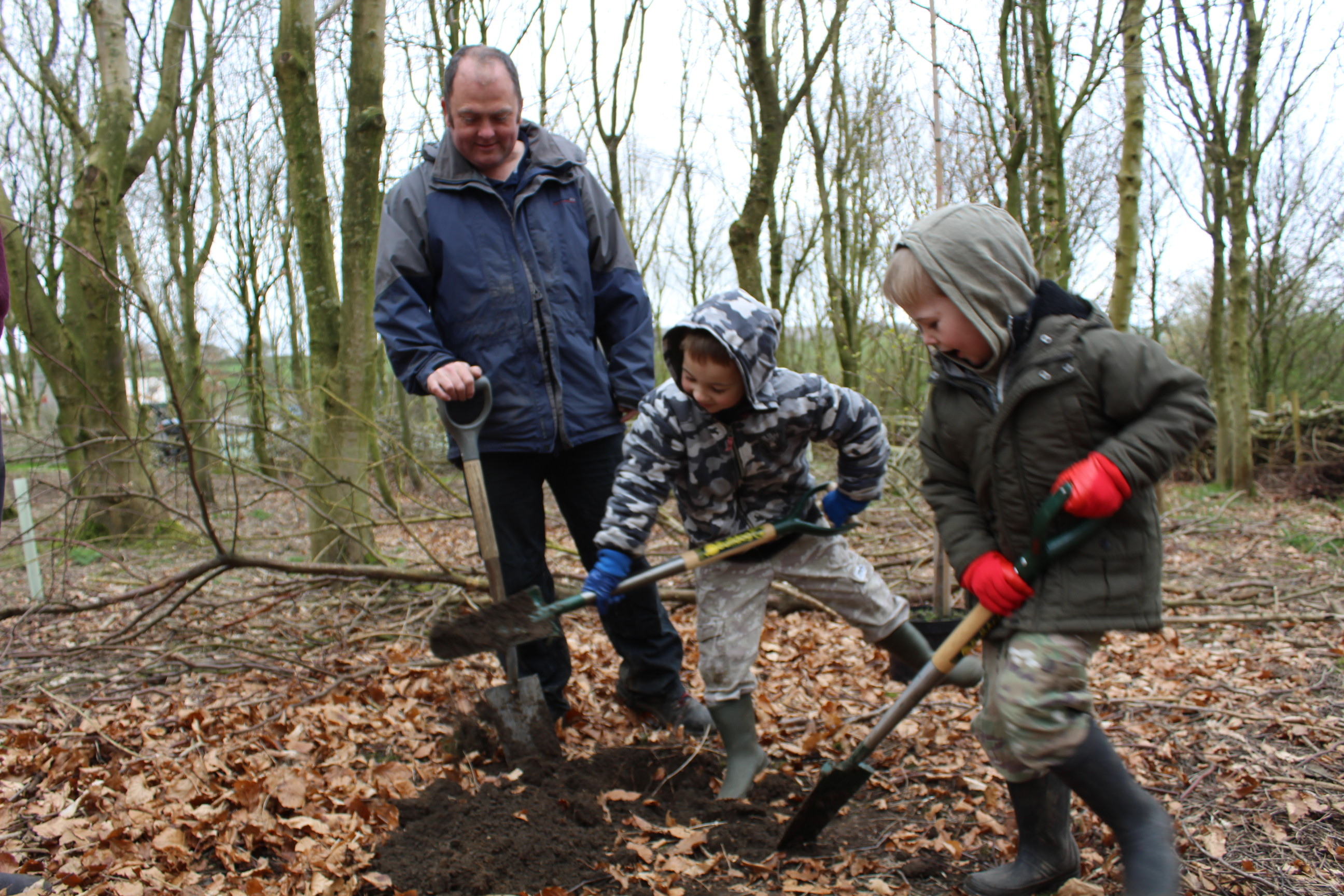 Family Tree Planting 05.04 (75)